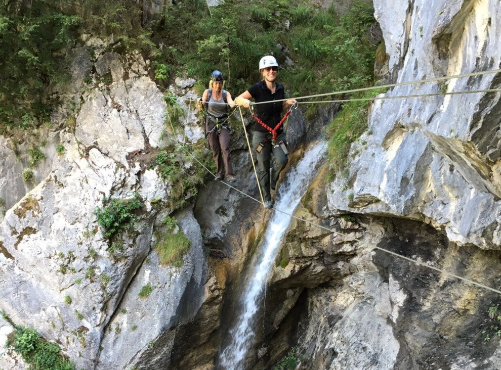 Klettersteig Netstal : Klettersteige klettersteig allmenalp km bergwelten